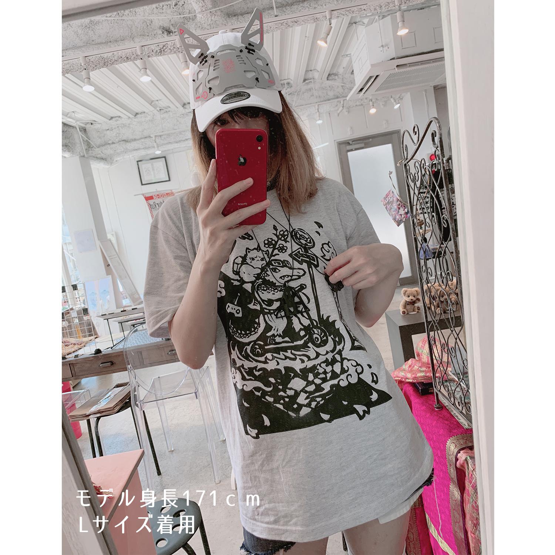 ば~ちゃるさんぽワニTシャツ_着用